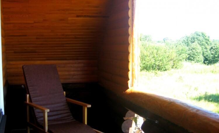 """Агроусадьба """"Белорусский Байкал"""", Балкон с креслами - релакс."""