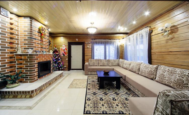 Усадьба «Terrassa», Красивая и уютная гостиная с 7-ми метровым диваном
