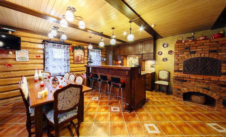 Усадьба «Terrassa», Кухня-столовая  - ярко, празднично и по-домашнему  уютно!