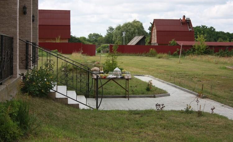 """Агроусадьба """"Поместье Горваль"""", минифуршет, вид на баню"""