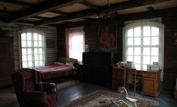 Дом у пруда. Спальня 1 на первом этаже. 36 м2