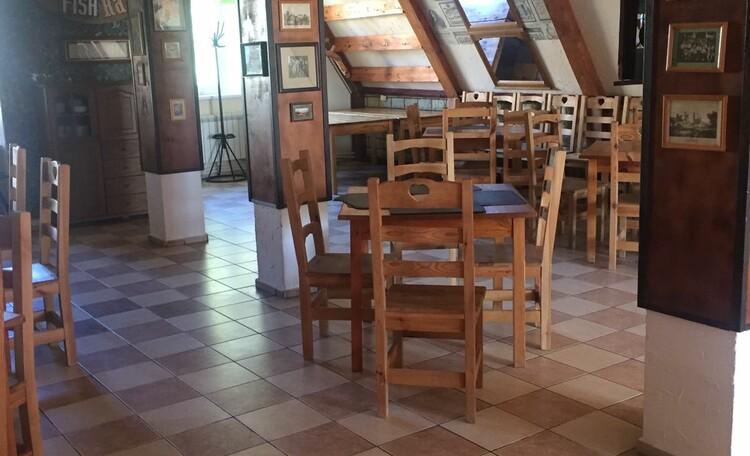 База отдыха «Без проблем», Ресторан в котором вы можете проводить различные торжества и мероприятия