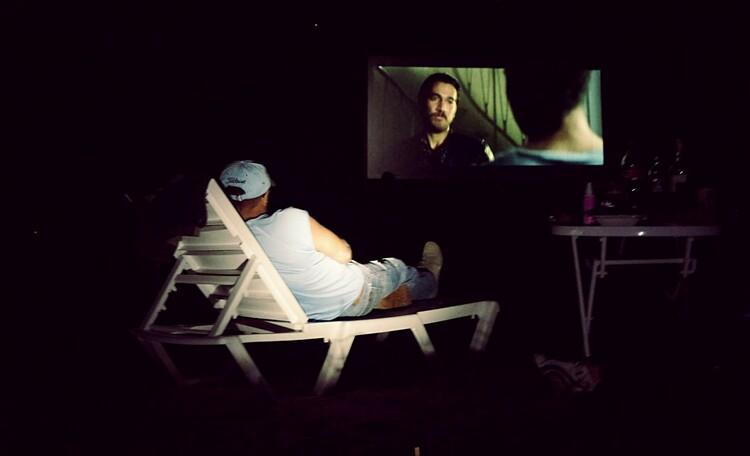 Ezera Park Hotel, просмотр фильмов на пляже