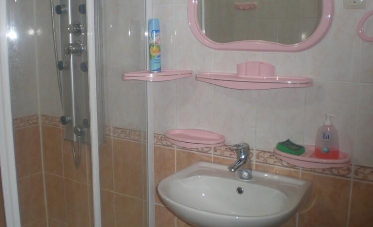 База отдыха «Плещеницы», Люкс 2, 3 - туалет
