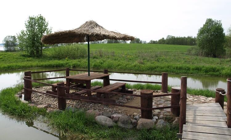 «Respect-House» на озере Мядель