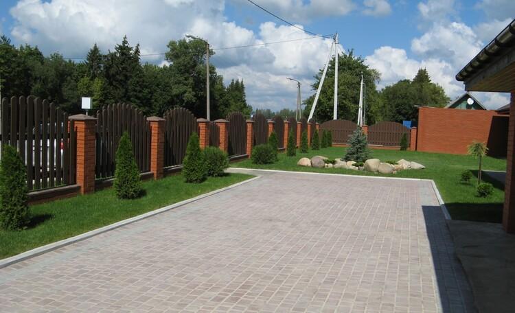 Агроусадьба «Русский Двор», Агроусадьба Русский двор территория
