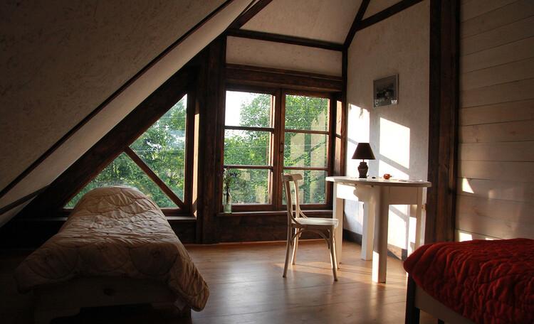 Дом с китайской беседкой. Спальня 1 на втором этаже. 22 м2
