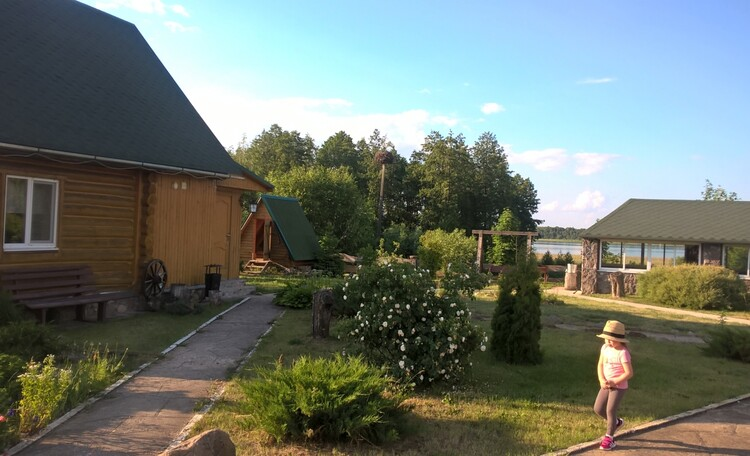 Деревянный домик Бережье