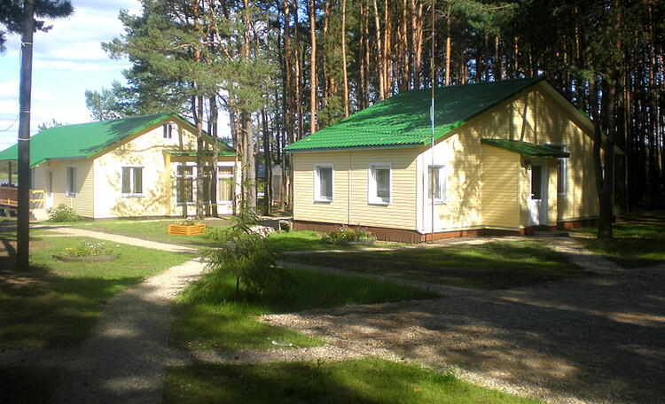 """Recreation centre """"Pleshchenitsy"""", Кафе и администрация"""