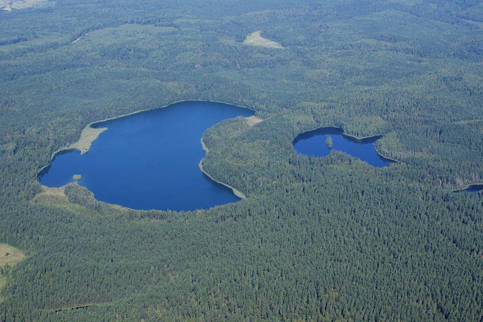 Национальный парк «Нарочанский», Озера Глубля и Глубелька с высоты 1100 метров. Биосферный заказник Голубые озера.