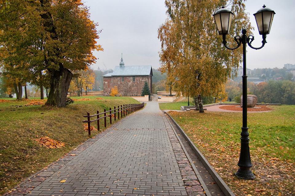 The Church of Boris and Gleb (Kolozhskaya), Спуск к церкви Бориса и Глеба на берегу Нёмана