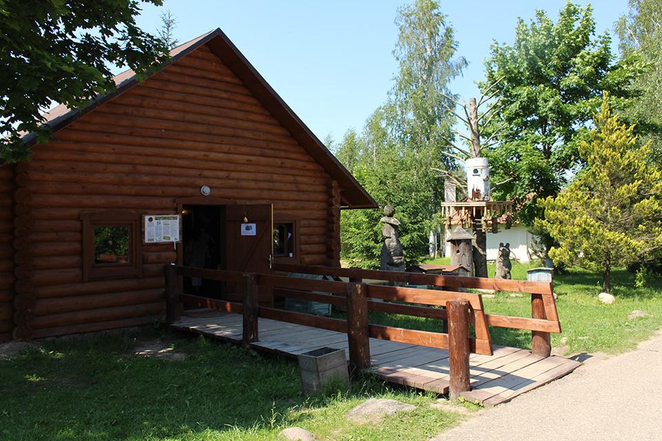Museum of folk crafts in Dudutki