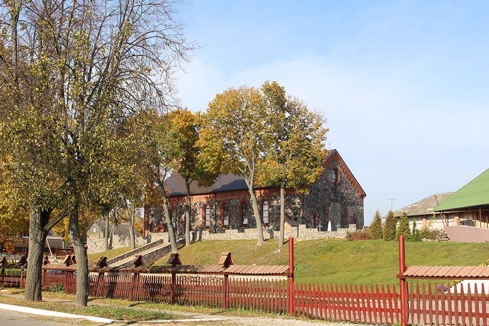 Костел Рождества Девы Марии в Браславе