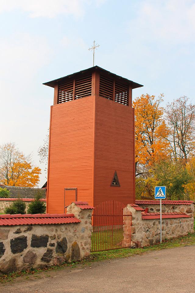 Троицкий Костел в деревне Новый Погост