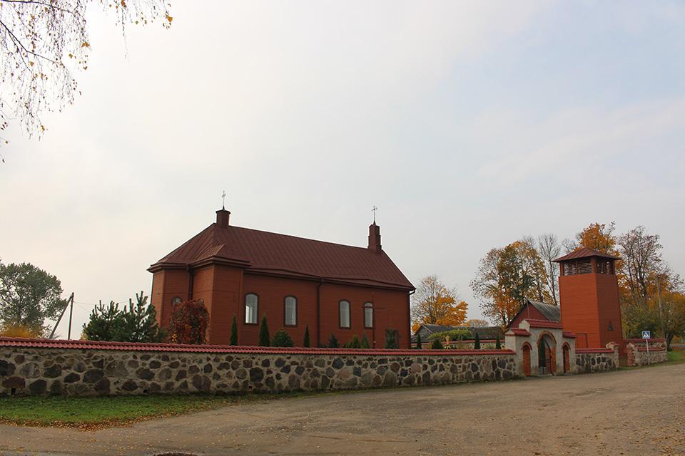Троицкий Костел в деревне Новый Погост, Троицкий Костел в Новом Погосте