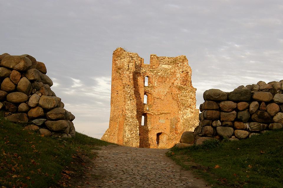 The castle in Novogrudok, Руины Новогрудского замка