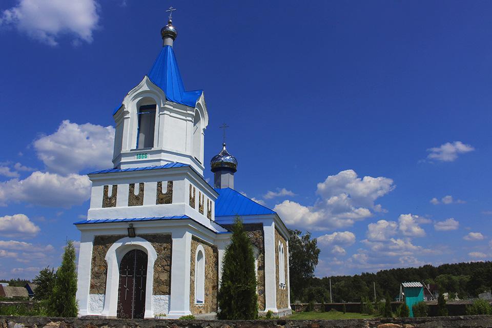 Покровская церковь в Михневичах, Покровская церковь в Михневичах