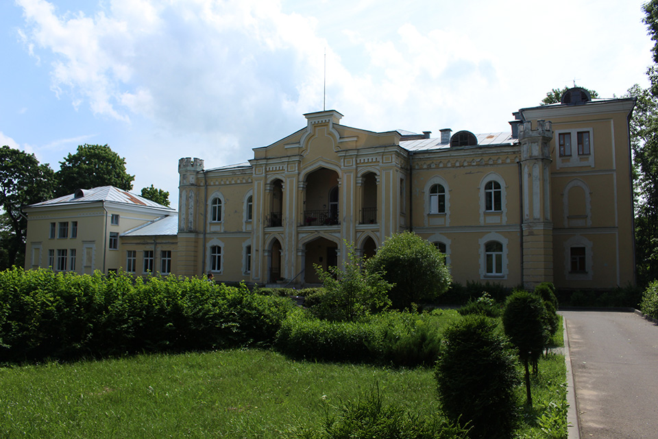 Chapski Estate in Priluki, Дворец Чапских, 2-я половина XIX в.